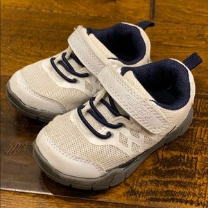 Carters Toddler Shoes Sz 5 White Gray Sneakers